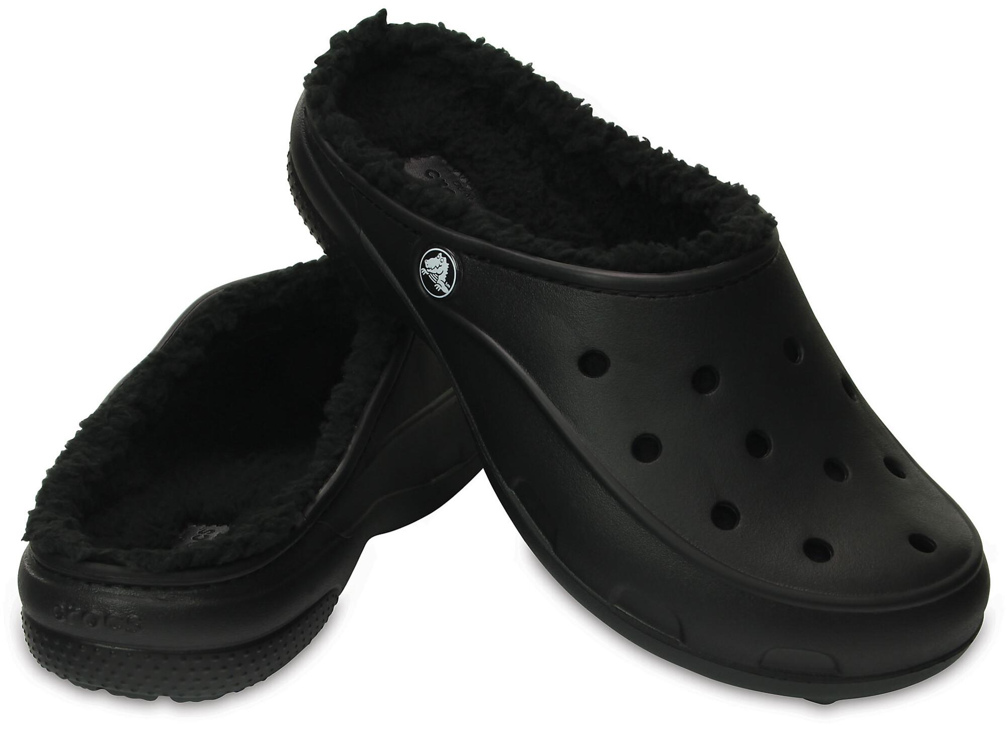 Crocs Freesail PlushLined - Sandales Femme - noir sur campz.fr ! 0e34c60abbe